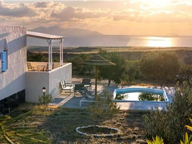 Sienna Eco Resort, hotels in Fira