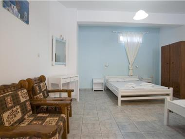 Studio Letta, hotels in Perissa