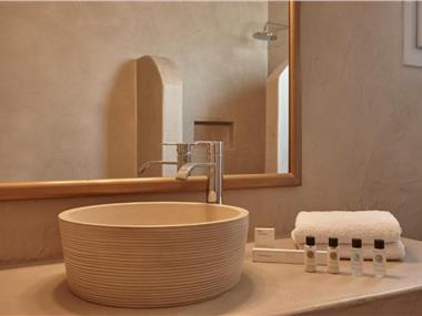 Aliter Suites, hotels in Fira