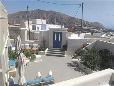 Captain's Luxury Residence, hotels in Pyrgos
