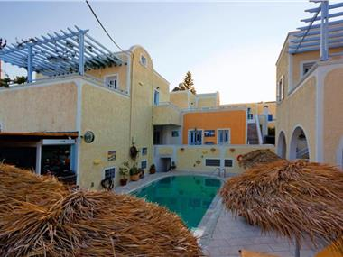 Sellada Apartments, hotels in Kamari