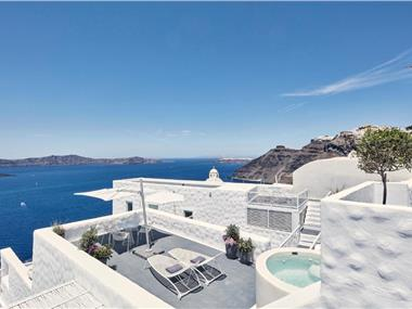 Limestone, hotels in Fira