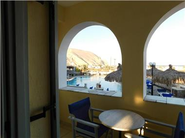 Sea Side Perivolos, hotels in Perivolos