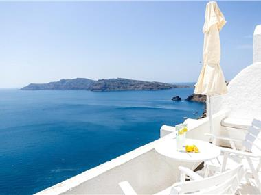 Thirea Studios, hotels in Oia