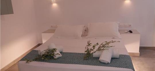 Photo of santorini aeri suites