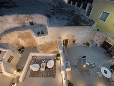 Dimael Mansion, hotels in Fira