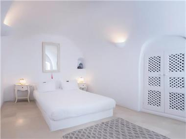 Anemi House & Villas, hotels in Oia