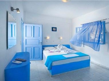 Amelie Hotel Santorini, hotels in Perissa
