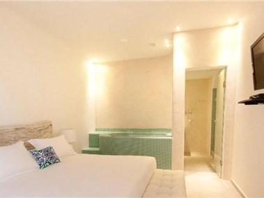 Allure Suites, hotels in Firostefani