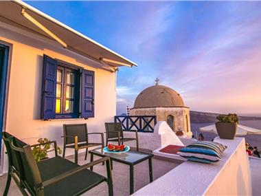 Evilio Houses, hotels in Oia