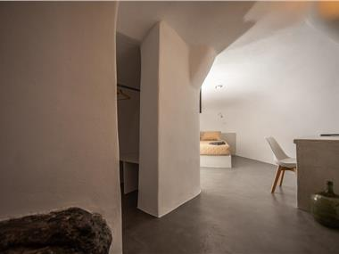 Caves 1880, hotels in Oia