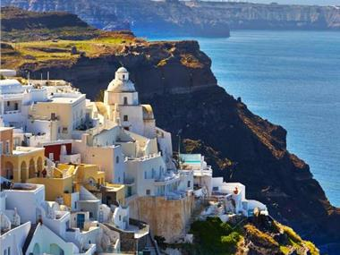 On the Cliff Suites, hotels in Fira