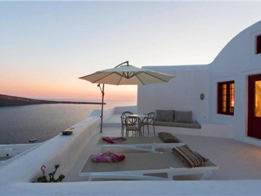 The Architect's Cave House, hotels in Oia