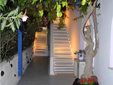 Melina Hotel, hotels in Fira