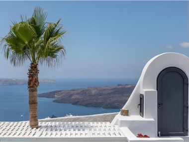 Opera Mansion Santorini, hotels in Fira