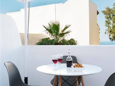 Mirto's Studios, hotels in Fira