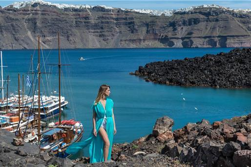 Volcano Tours - Santorini Hot Springs