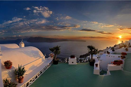 Photo of Bus transfer to Oia: Experience the most famous sunset in the world!
