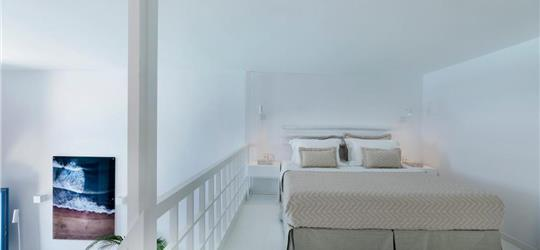 Photo of Aether Suite by Caldera Houses