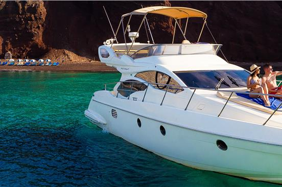 Photo of Luxury Motor Yacht Azimut 43 Oceanis